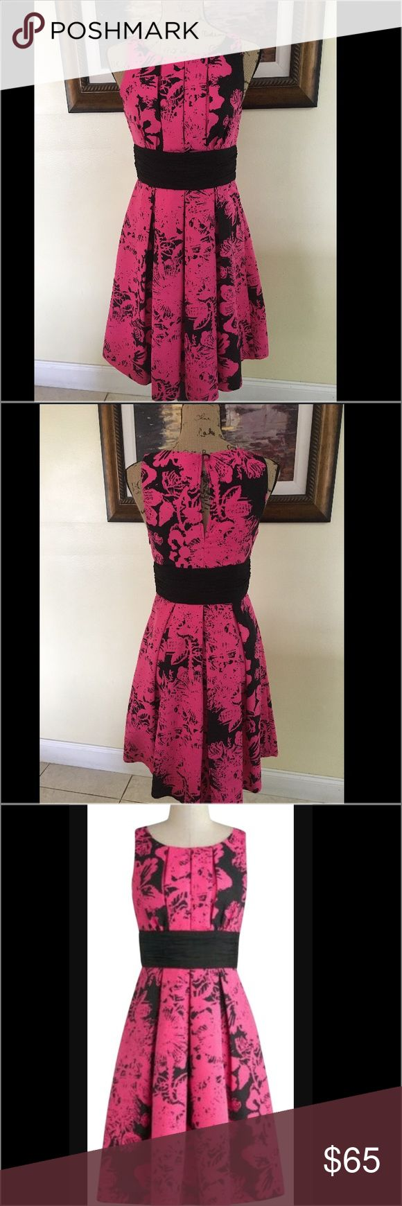Plenty By Tracy Reese Dress Plenty By Tracy Reese Dress.  Aline dress with a gather at the waist.  Pink and black Flattering fit. Plenty by Tracy Reese Dresses Midi