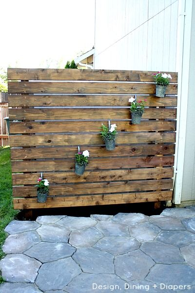 Garden-Slat-Wall -but put roller wheels on bottom so it's portable