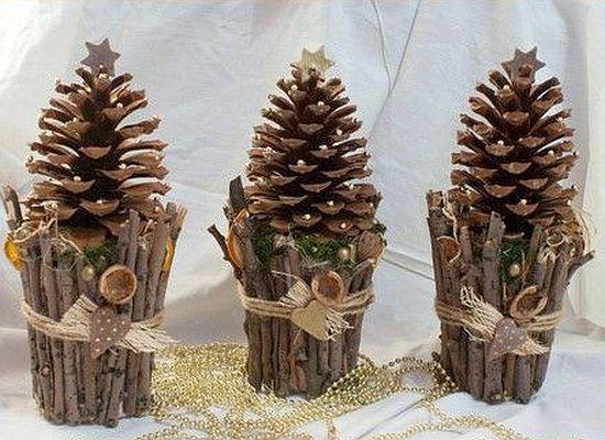 Legenda pinhas decoração para o peitoril da janela ou no centro da mesa.   – Dekoration Fensterbank