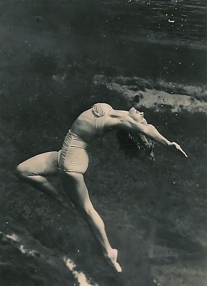 Underwater ballet, 1950's | Under the Sea | Pinterest ...