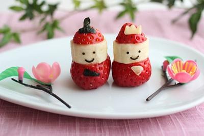おひなまつりに♪イチゴとバナナの雛人形