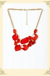 I've really been into statement necklaces lately. I'm usually not much of a jewelry person but I found that they really dress up casual outfits nicely. (River Glass Necklace in Red - $28)Casual Outfit, Statement Necklaces, Francesca Com, Francesca S, Fashion Jewelry Necklaces, Rivers Glasses, Glasses Necklaces, Francesca Collection, Necklaces Galore