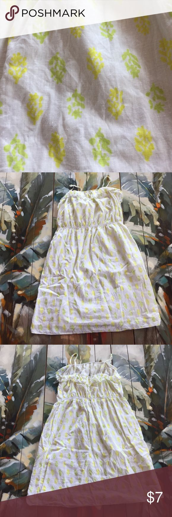 "Old Navy Beach Dress, Size Large Casual, beachy Old Navy Dress, white with green and yellow design. Ruffle across top. 34"" long with adjustable spaghetti straps. Old Navy Dresses Mini"