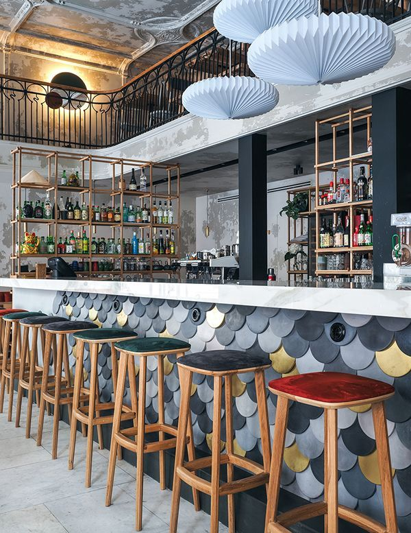 Barra bar moderna #restaurantdesign
