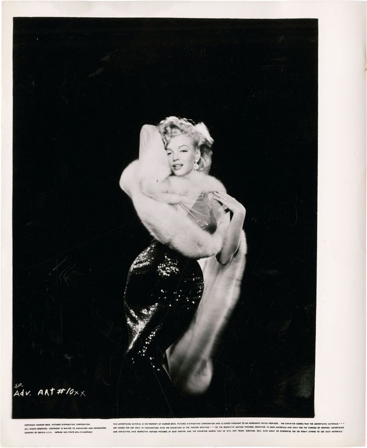 "PH - Richard Avedon - Marilyn Monroe. ""The Prince and the Show Girl"". 1955. Directed by Laurence Olivier. © the Richard Avedon Foundation"