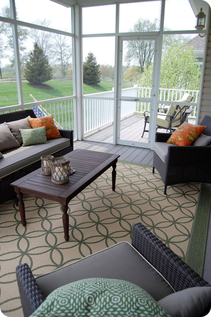 Oh, how I would love a screened in porch...