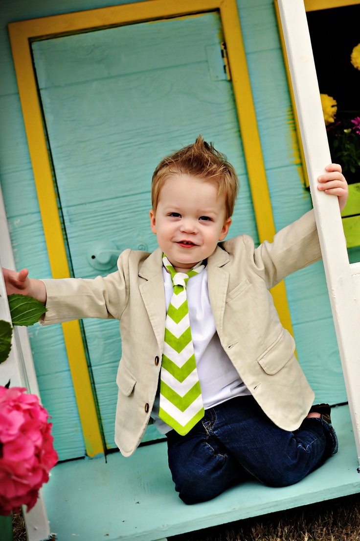 Toddler Boy Bright Green and White Chevron Classic Tie - Father's Day, Picture Prop, wedding, party. $15.00, via Etsy.