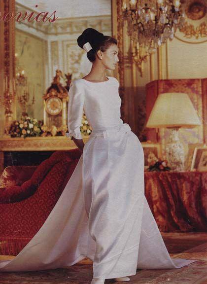 1996 wedding dresses | Catálogo de novias de Pronovias, 1996