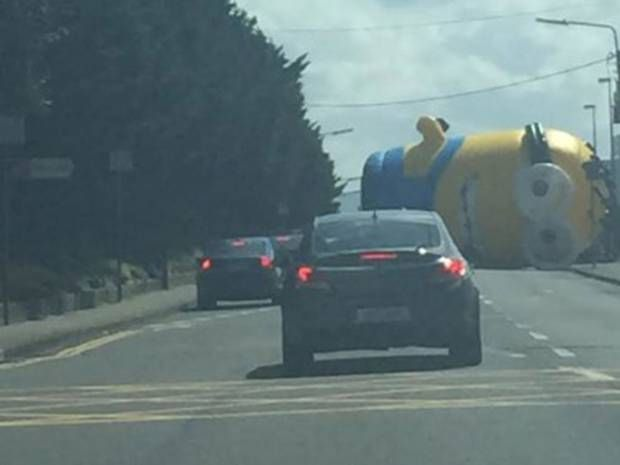 Giant Minion terrorises drivers in Ireland as 40ft inflatable blocks traffic on Dublin road - Europe - World - The Independent