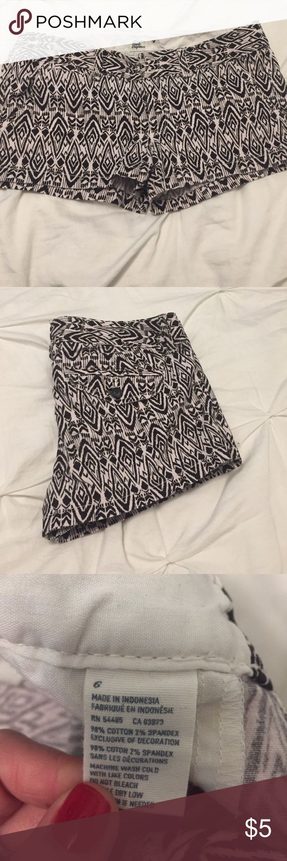 American Eagle Tribal Print Shorts Super comfy American Eagle tribal print shorts American Eagle Outfitters Shorts