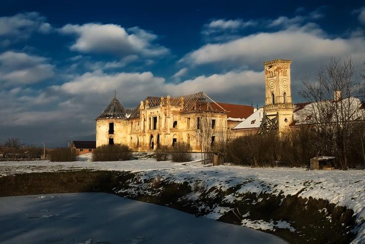 Banffy castle, Transylvania  Print available for sale on:   http://500px.com/bogdandanphotography