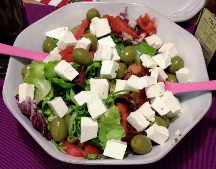 Grecka sałatka - lekkie i bardzo zdrowe danie :)