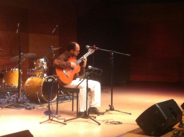 """El viernes 24 de octubre, empezamos el día con el concierto de Juan Antonio """"Chicoria"""" Sánchez , en el Encuentro de Guitarra Eléctrica 2014."""