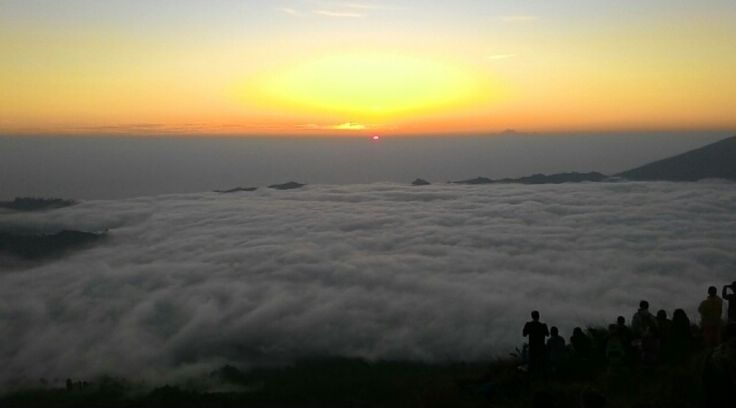 Mount Batur Sunrise Trekking and Hot Spring Package