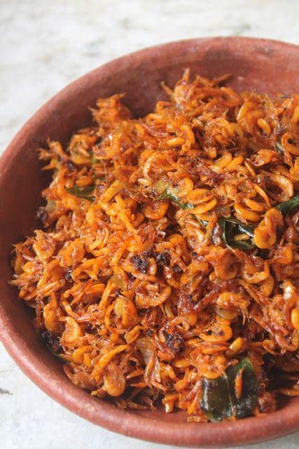 YUMMY TUMMY: Baby Prawns Roast Recipe - Kooni Podi Roast Recipe - Kooni Varuval Recipe