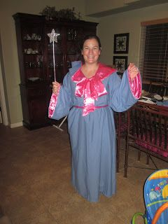 My friend Amanda, wanted a fairy godmother costume to go with her daughter's costume of Cinderella. She asked me about making one becaus...