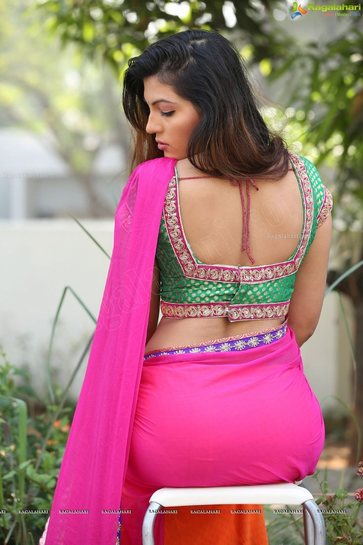 Sonia chowdary in saree photos