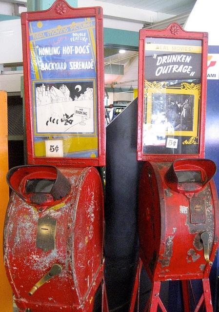 Salem Willows Arcade Viewers by Mod Betty / RetroRoadmap.com, via Flickr