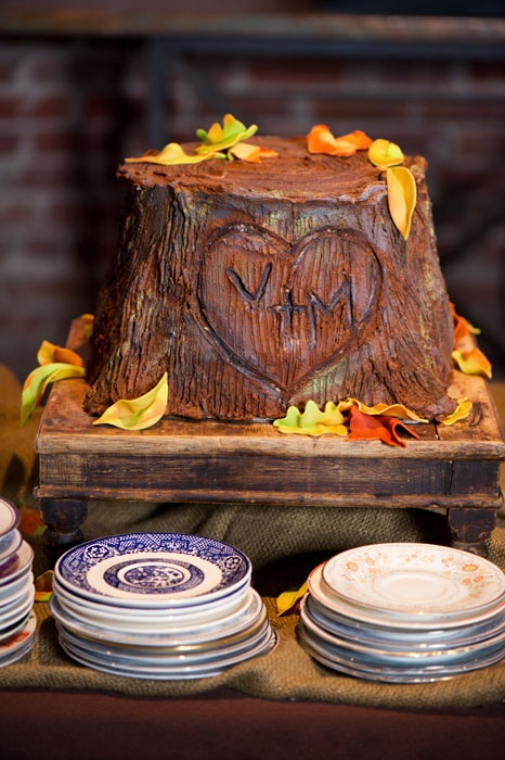 Groom S Cake Tree Stump With Carved Initials Rustic