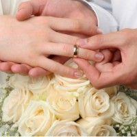 Inilah Alasan Cincin Pernikahan Disematkan di Jari Manis