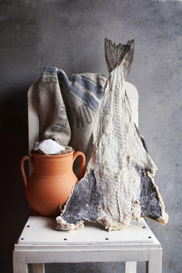 Brandade is een typisch gerecht uit het Middellandse Zee-gebied, maar vandaag de dag vind je het in steeds meer restaurants. Maar wat is het nu precies? En beter nog: hoe maak je het zelf? Brandade is een zachte puree van gezouten vis (stokvis), op smaak gebracht met olijfolie of melk en soms knoflook. Dit laatste …