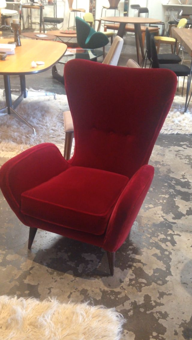 First Dibs Home Decor 2017 11 first dibs home decor on hot house 1stdibss fine homes listings include a Style Early Wingback Mid Century Modern Edward Wormley Inspired 1st Dibs Sells Mohair Fabriceasy Home Decoredward
