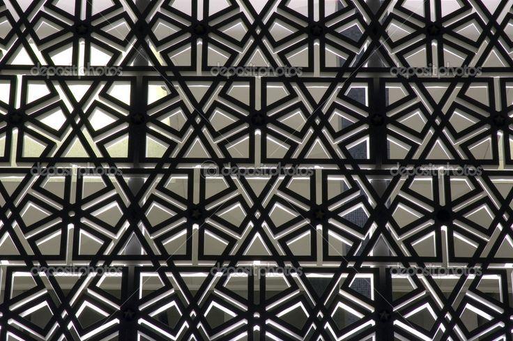 Patrones islámicos en los muros de una mezquita — Imagen de stock #6146573
