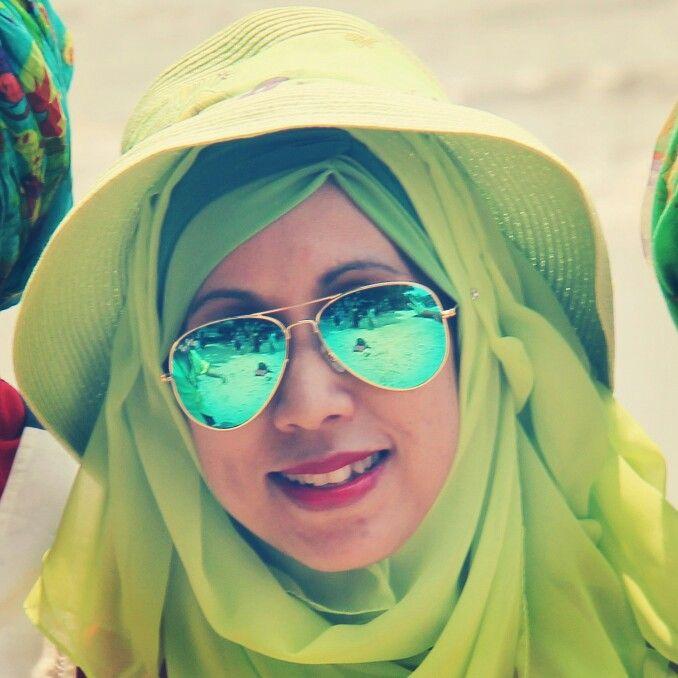 Hijab green