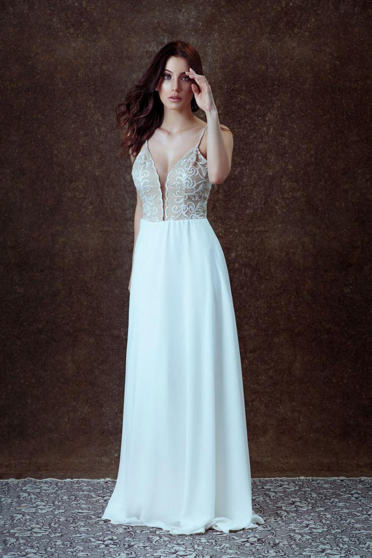 Coleção de vestidos de noiva no ateliê 605