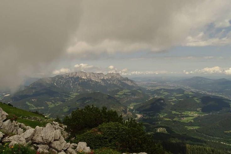 Blick auf das Salzburger Land  View of the Salzburger Land  #insekten #garten #foto #fotografie #stadt