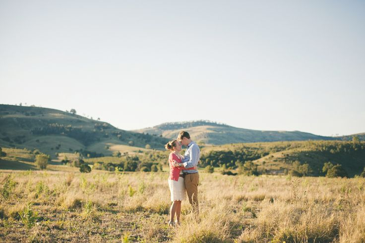 Engagement photography. Outdoor.
