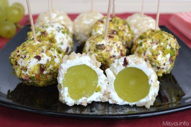 Palline di uva al formaggio