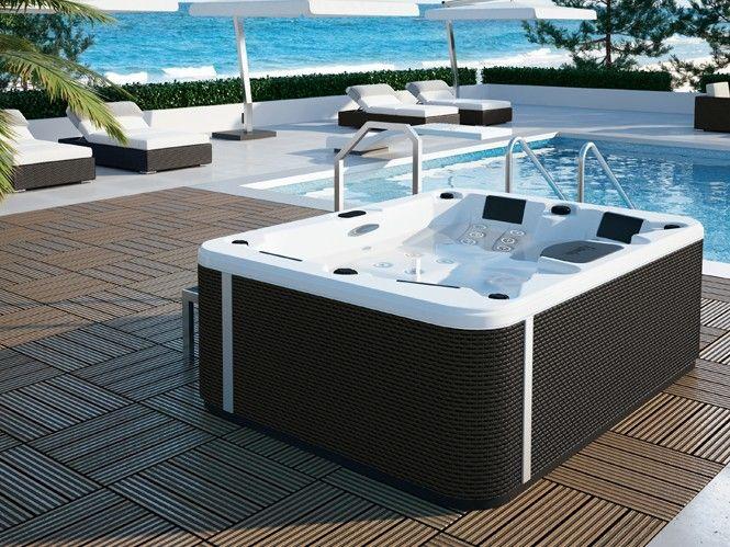 Bain à remous privé : baignez-vous dans un tourbillon de bonheur plus d'onfosur : http://goo.gl/2d2UNr