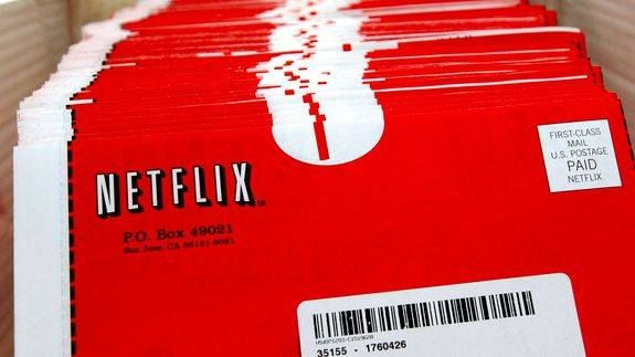 10 things we miss about Netflix's DVD-by-mail service -> http://mashable.com/2016/07/24/netflix-dvd-by-mail/   I just want to Netflix and Chill like it's 1999.  Netflix has become a staple of entertainment. It's assumed that everyone you know has an account and if they don't they're using someone else's.   But let's not forget how Netflix started back in 1998 as a revolutionary DVD-by-mail service. Users would create a queue of movies or TV shows online and then the company and its customers…