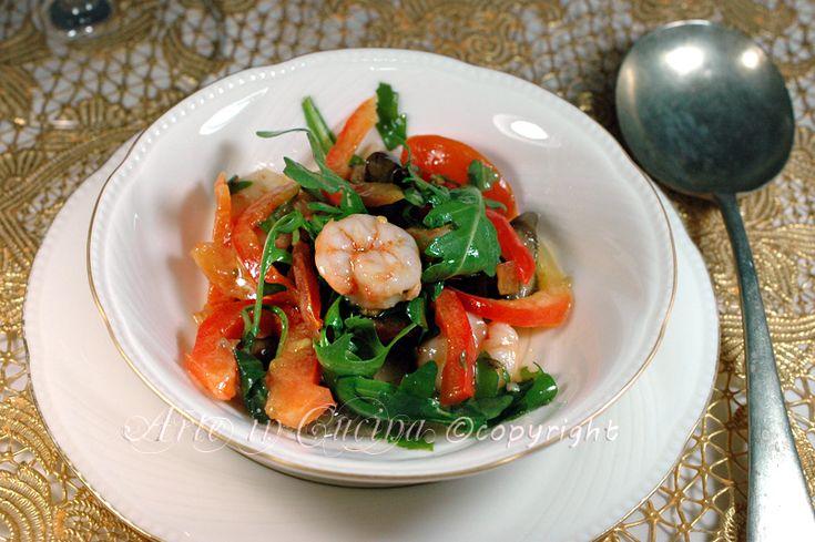Insalata di gamberi, ricetta facile e veloce, ottima come antipasto per le feste, idea per il cenone di capodanno, a base di pesce, secondo, idea veloce feste