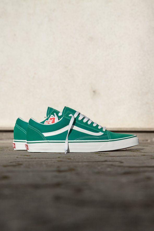 Vans - UA Old Skool (Suede/Canvas), vans, old skool, old school, green, style, green accessories, green sneakers, green shoes, shoes, sneakers, footwear, vans footwear, green footwear, accessories, 2017, casual trend, street trend, streetwear, skate, skater, skateboard, skateboarding, skate shoes, skate sneakers, vans skater,