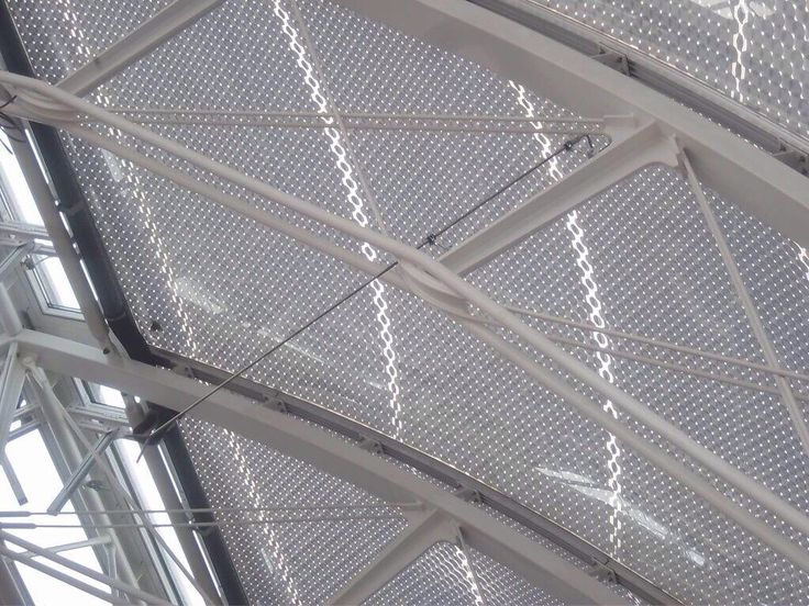 Detail Montpellier Saint Roch Railway Station - ETFE and steel structure. AREP / MaP3