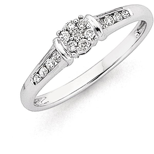 9ct White Gold Diamond Ring Total Diamond Weight=.20ct