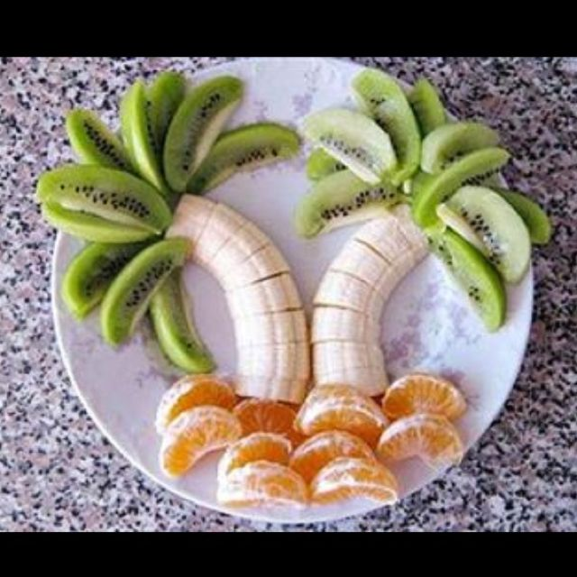 Fun fruit idea for kids (or for a beach theme party)