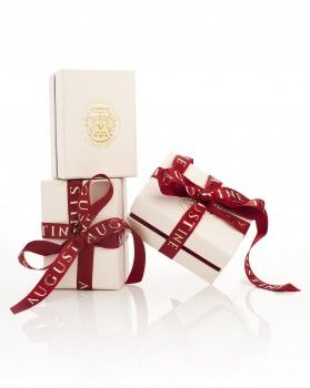 http://www.augustinejewels.com/ packaging