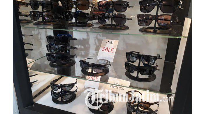 Tampil Beda dengan Kacamata Hitam dari Oakley, Ssttt Ada Diskon Sampai 60 Persen!