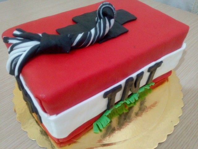 TNT chocolate cake covering with sugar paste!