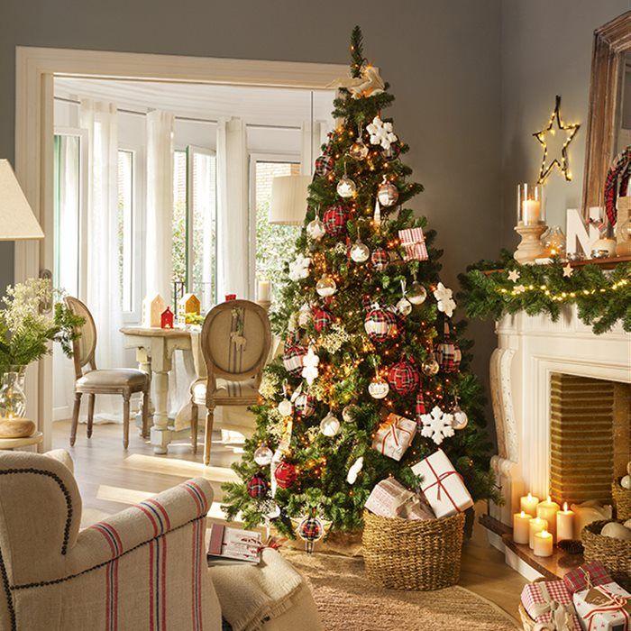 Deja que el rojo lo envuelva todo esta Navidad