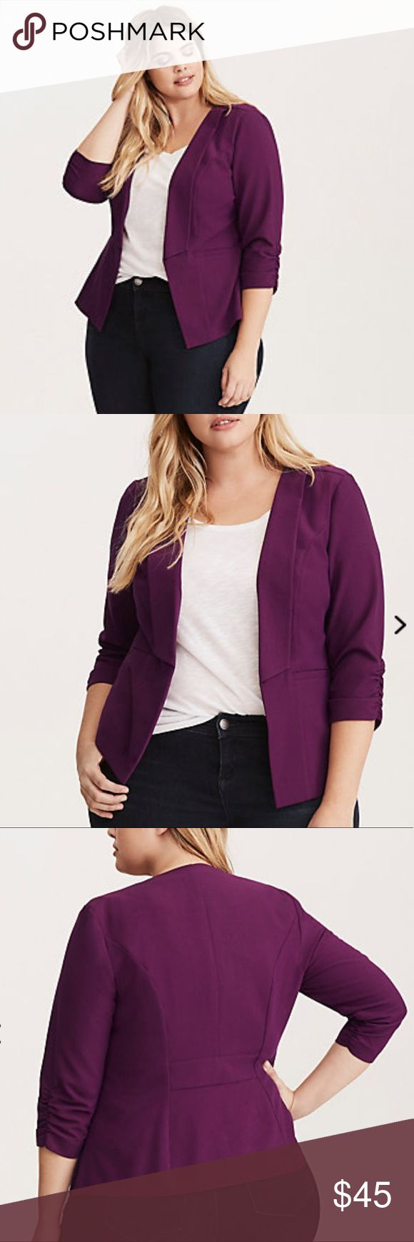 PLUS SIZE BLAZER - PURPLE - SIZE 2 TORRID Super cute and slimming plus size blazer that my mom only wore once or twice. Perfect condition, no flaws. From torrid. Size 2. I think that means 2x in their clothes. Please correct me if I'm wrong thanks. torrid Jackets & Coats Blazers