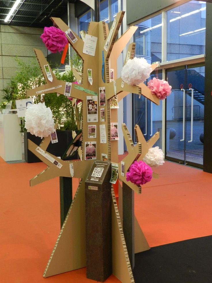 les 25 meilleures id es de la cat gorie arbre en carton sur pinterest. Black Bedroom Furniture Sets. Home Design Ideas
