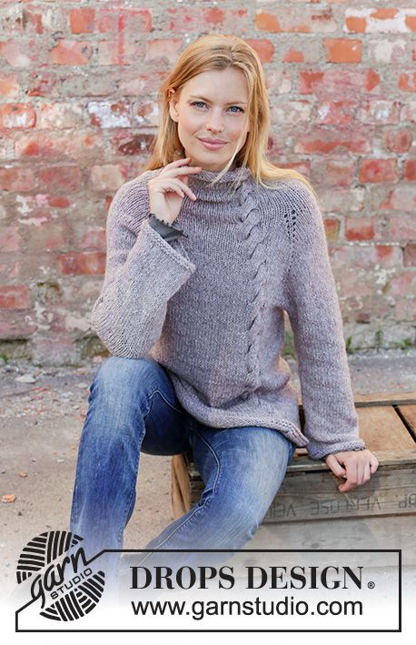 b4ce86cdf476 Knitted jumper with raglan in DROPS Sky. The piece is worked top ...