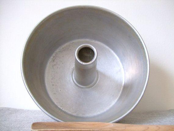 Vintage Aluminum Angel Cake Pan Mold Tin Cake Pan