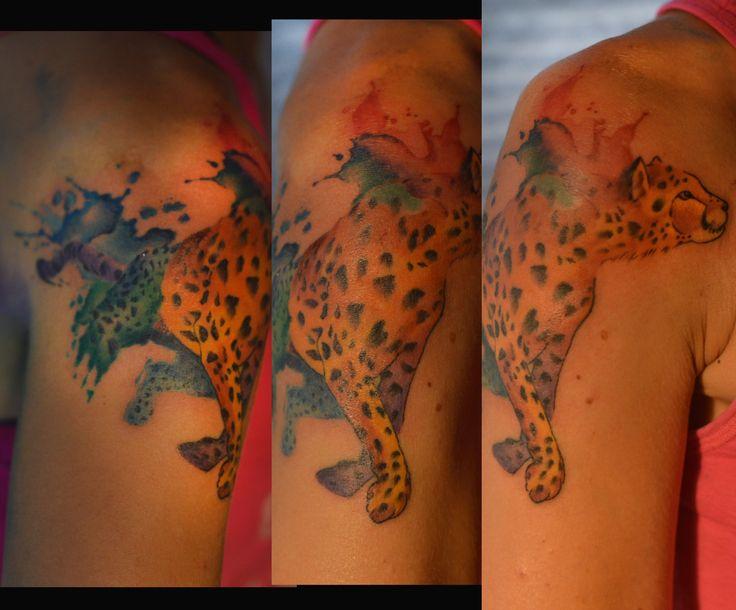watercolor tattoo, tatuaje femenino estilo acuarela , realizado por irratattoo