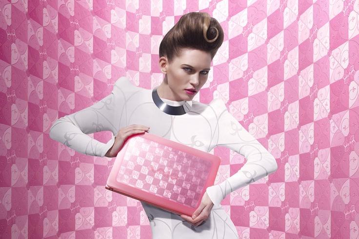 Makeup on Dripbook : : Toni Malt | Campaigns | Dubai, United Arab Emirates