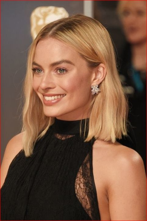 13 Stylish Celebrity Hairstyle is looking for short and medium hair